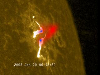 RHESSI spacecraft images of gamma rays and X-rays from the hottest part of the flare.