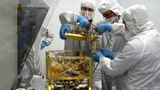 BROADCAST-QUALITY FOOTAGE: B-roll of the Quadrupole Mass Spectrometer (QMS) being built by Dan Carrigan and integrated into the SAM suite. QMS will analyze and determine the components of the Martian atmosphere. It will also analyze volatiles released from soil samples that are heated by small ovens in the SAM suite. HD footage codec: DVCPROHD 100 SD footage codec: DVCPRO