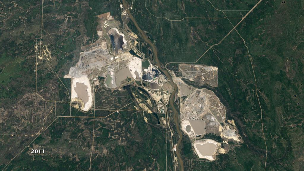 NASA Viz: Mining Canada's Oil Sands
