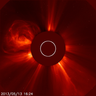 SOHO LASCO C2 view of CME associated with the X2.8 flare. Credit: NASA&ESA/SOHO