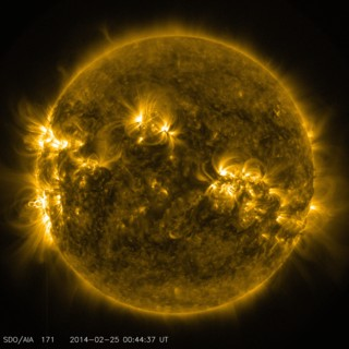 The early stages of the February 25, 2014 X 4.9 flare captured at 7:44 p.m. EST in 171 Ångström light. Credit: NASA/SDO