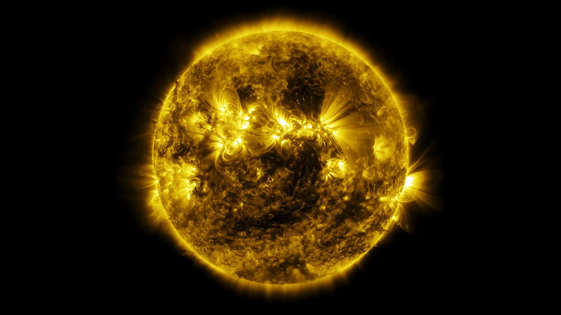 NASA Viz: Sun Time-lapse  NASA Viz: Sun T...